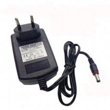 Universalus krovimo adapteris AC/DC JPT-2420, 50/60Hz (2A)